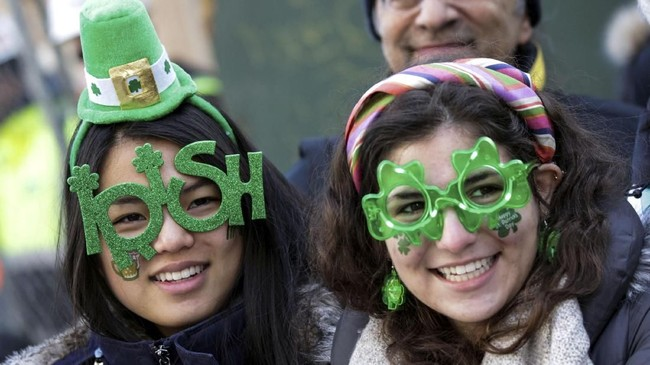 Dahulu kala, masyarakat yang menempati Irlandia menganut agama pagan menyembah dewa-dewi alam. (REUTERS/Jeenah Moon)