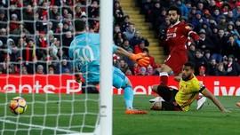 Mohamed Salah Quattrick, Liverpool Menang 5-0 atas Watford