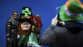 Perayaan yang dikenal St. Patrick's Day itu pun terkenal melalui acara yang diperingati oleh masyarakat Irlandia di berbagai dunia. (REUTERS/Clodagh Kilcoyne)