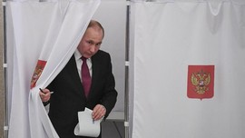 Hitung Cepat, Putin Menangi Pilpres Rusia