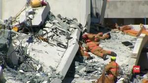 VIDEO: Korban Terakhir Dievakuasi dari Puing Jembatan Florida