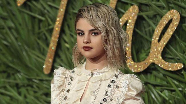 Selena Gomez Ingin Album Barunya Didengar Justin Bieber
