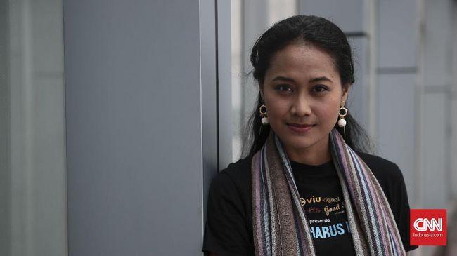 Putri Ayudya - Donny Alamsyah Main di Tunnel versi Indonesia