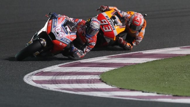 Dovizioso Kaget Marquez Menyerang di Tikungan Terakhir