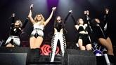 Tapi kekompakan mereka tak bertahan lama. Jelang akhir 2016, muncul isu Camila Cabello bakal hengkang dari Fifth Harmony. Pertunjukkan di Jingle Ball pada Desember 2016 ini salah satu acara terakhir 5H dalam formasi komplet. (Mike Windle/Getty Images for iHeartMedia/AFP)