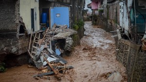 Ratusan Rumah Rusak Diterjang Banjir Bandang Banyuwangi