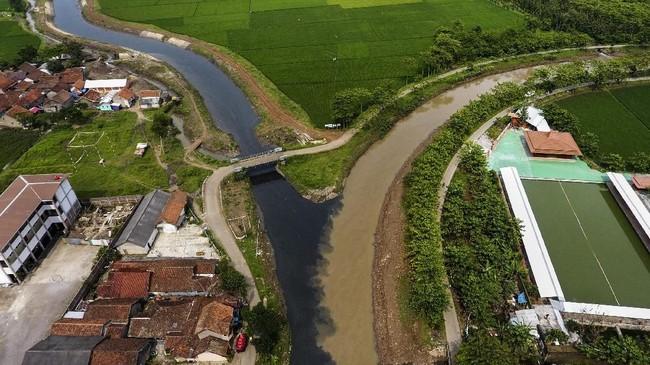 FOTO: Kepungan Racun Sungai Citarum