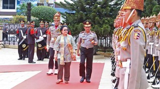 Sambangi Mabes Polri, Megawati Disambut Karpet Merah