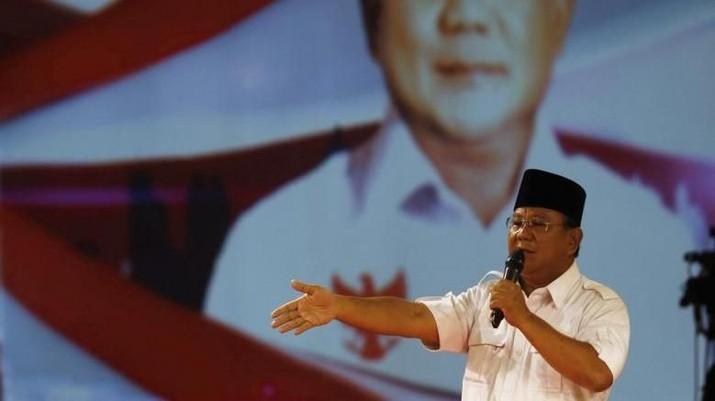 Menteri Pertahanan Prabowo Subianto merupakan menteri yang paling populer di antara seluruh menteri di Kabinet Indonesia Maju.