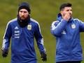 Messi Cocok dengan Aguero, Dybala Sulit Masuk Skema Argentina