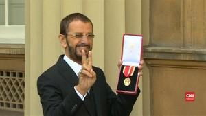 VIDEO: Ringo Starr Susul Paul McCartney Dapat Gelar 'Sir'