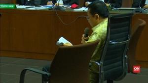 VIDEO: Isak Tangis dan Permintaan Maaf Setnov di Sidang e-KTP