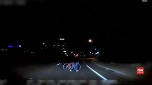 VIDEO: Polisi Rilis Video Tabrakan Mobil Otonom Uber