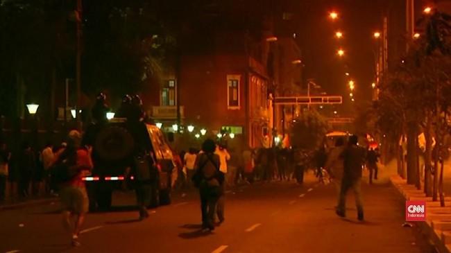 VIDEO: Demo Anti-Presiden Peru Berakhir Rusuh