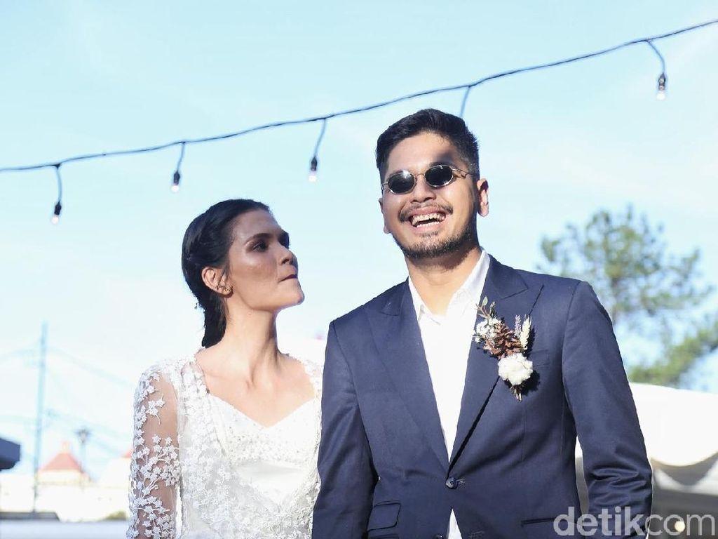 Rona Bahagia Petra Sihombing & Firrina usai Ikat Janji Suci