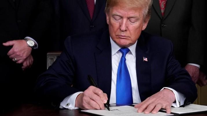 AS ingin China memberi jadwal bagaimana negara itu membuka pasar bagi ekspor AS karena kedua negara masih 'sangat berjauhan' menyelesaikan friksi perdagangan.