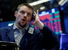 Kuatnya Kinerja Perusahaan Tak Mampu Bawa Wall Street Reli