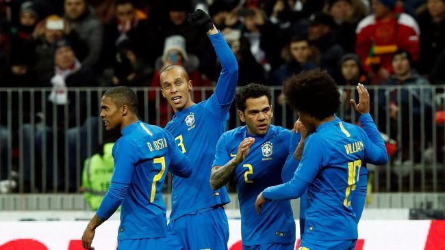 Resmi: 23 Pemain Brasil di Piala Dunia 2018 Tanpa Dani Alves