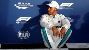 Hamilton Perpanjang Kontrak di Mercedes dan Digaji Fantastis