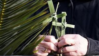 FOTO: Semarak Perayaan Minggu Palma di Seluruh Dunia