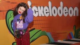 FOTO: Busana 'Ngejreng' Selebriti di Kids Choice Awards 2018