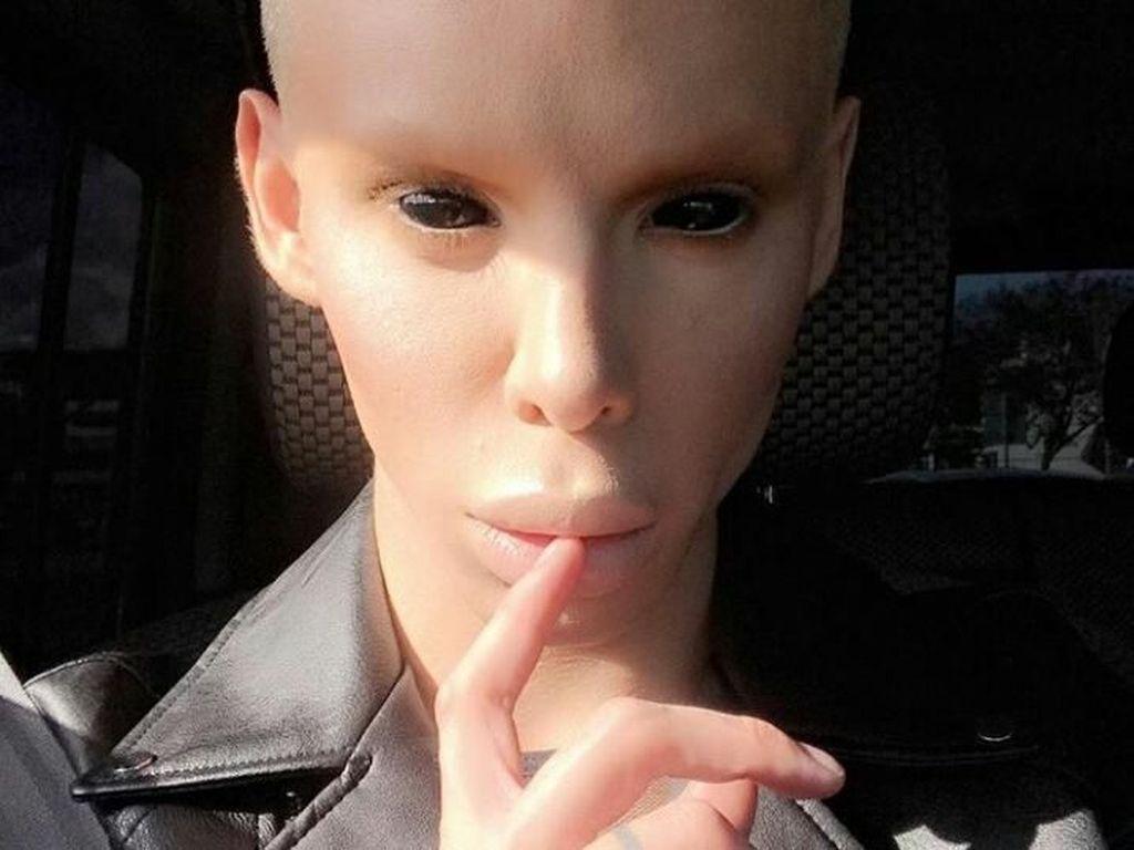 Anehnya Pria Ini, Obsesi Mirip Alien Hingga Ingin Tak Punya Kelamin