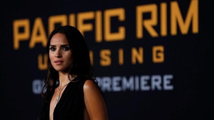 Pacific Rim Rebut Tahta Box Office Black Panther