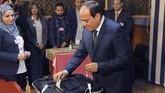 El-Sisi, 63 tahun, adalah pemimpin kudeta militer Mesir yang menggulingkan Mohammed Mursi, presiden pertama yang terpilih secara demokratis pada 2013. (The Egyptian Presidency/Handout via REUTERS)
