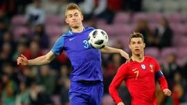 Agen Bantah De Ligt ke Juventus karena Ronaldo