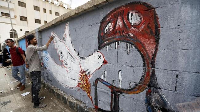 Konflik di Yaman beberapa tahun ini terjadi ketika gelombang Arab Spring melanda Timur Tengah. Ketidakpuasan sebagian kelompok masyarakat akan pemerintah Ali Abdullah Saleh menimbulkan konflik saudara. (AFP PHOTO / Mohammed HUWAIS)