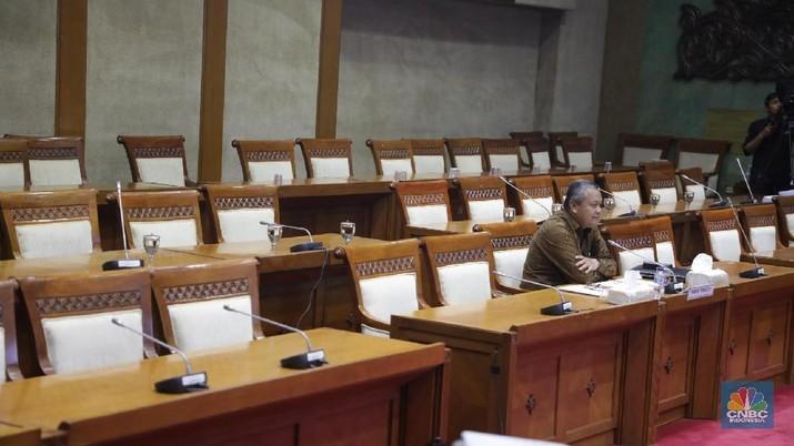 Perry Warjiyo Jalani Ujian Jadi Gubernur BI di DPR