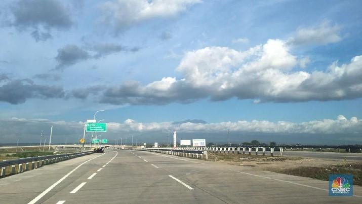 Berdasarkan Brief Note Persiapan Jalur Mudik Lebaran 2018, terdapat 5 ruas fungsional dilalui tetapi belum beroperasi penuh, sepanjang tol Jakarta-Surabaya.