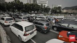 Kemenhub Minta Operator Taksi Online Setop Rekrut Sopir Baru
