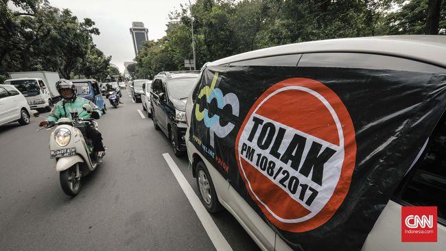 Pemerintah Kembali Tangguhkan Peraturan Sopir Daring CNN Indonesia