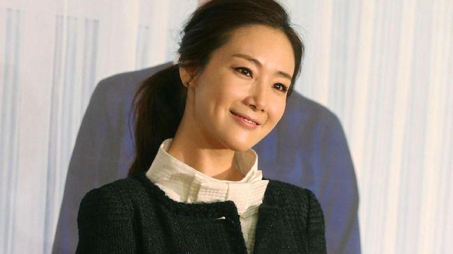 Bintang 'Winter Sonata' Choi Ji Woo Umumkan Pernikahan
