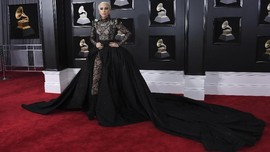 Kebakaran California, Lady Gaga Dievakuasi dari Rumah