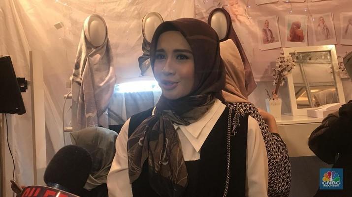 Belum lama merintis bisnis hijab atau jilbab di dalam negeri, artis Laudya Cynthia Bella berencana untuk ekspansi ke negara tetangga.
