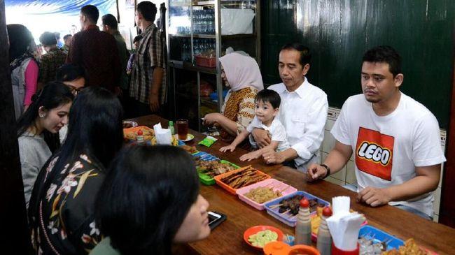 Santap Soto Solo, Jokowi Sebut Pentingnya Waktu bagi Keluarga