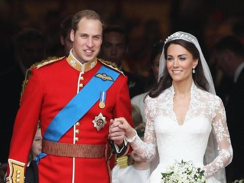 Jadi Istri Pangeran William, Jumlah Kekayaan Kate Middleton Bikin Melongo