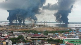 Pertamina Klaim Padamkan Kebakaran Kapal di Balikpapan
