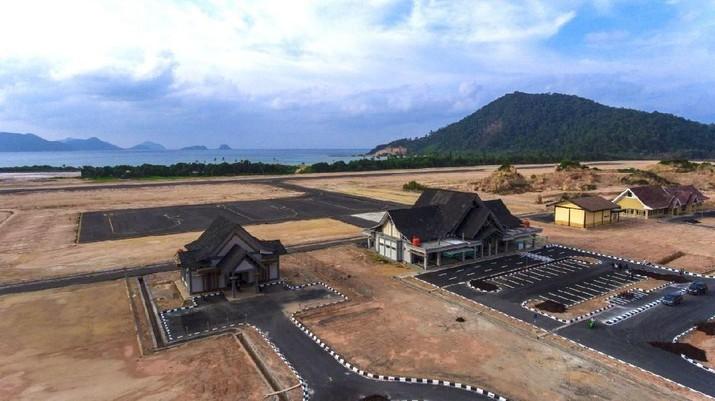 Kepulauan Anambas yang merupakan salah satu dari pulau terdepan di Indonesia akan semakin mudah diakses konektivitas transportasinya.