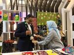 Gaya Anies Sambangi Indonesia Fashion Week di Hari Penutupan