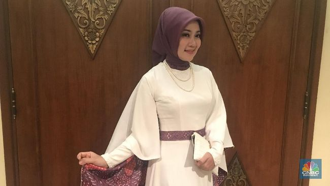 Istri Ridwan Kamil Kena Covid Meski Sudah Divaksin
