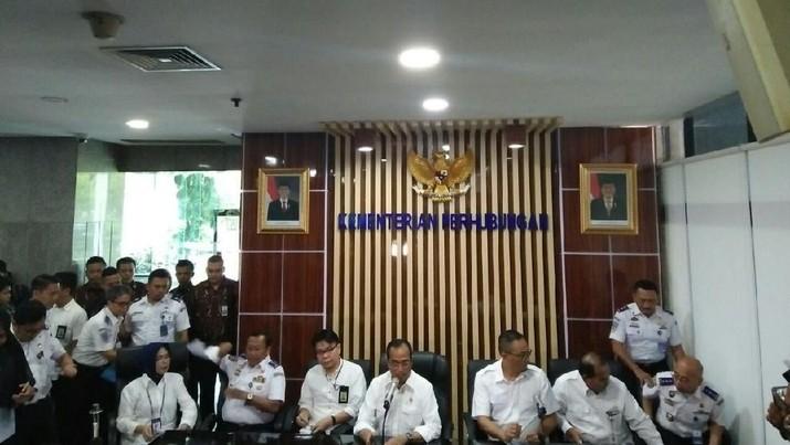 Menteri Perhubungan Budi Karya Sumadi ingin agar mitra driver dapat berhubungan langsung dengan aplikator.