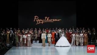 FOTO:Perayaan 40 Tahun Poppy Dharsono di Dunia Mode Indonesia