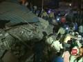 VIDEO: Pencarian Korban Hotel Runtuh di India, 10 Orang Tewas