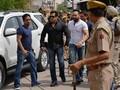 Salman Khan Kembali ke Pengadilan