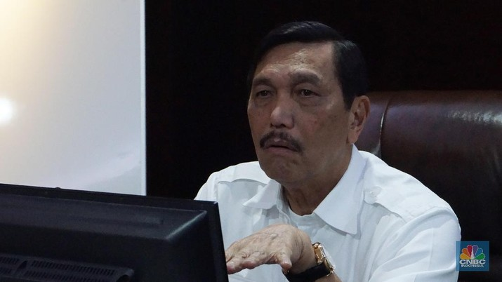 Menteri Kordinator Kemaritiman Luhut Pandjaitan mengumpulkan pada bos-bos toko online (e-commerce) tanah air di kantornya, di kantornya, Senin (22/7/2019).