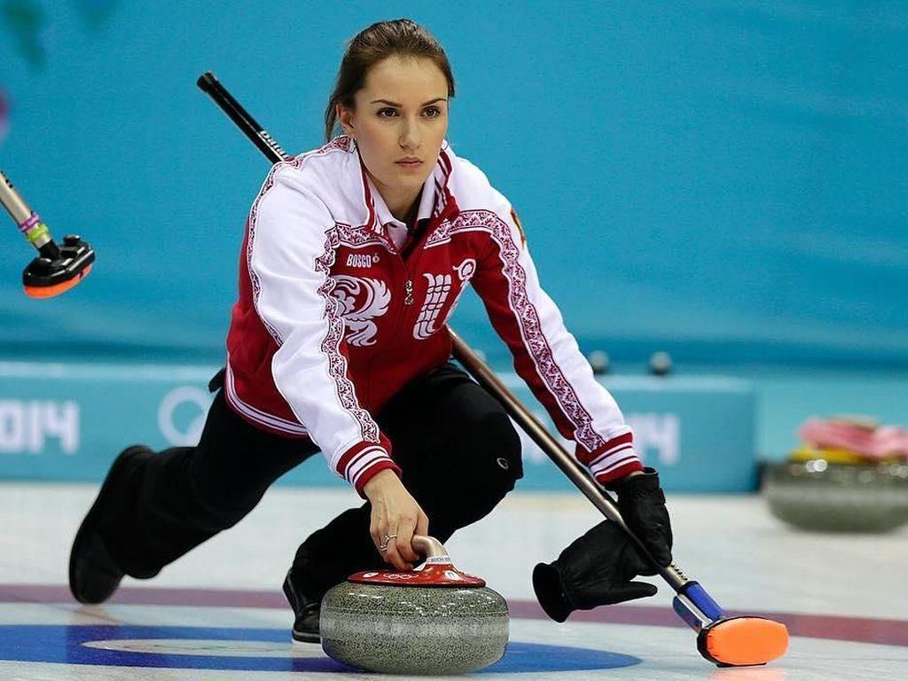 Terpikat Cantiknya Anna Sidorova, Atlet Rusia yang Buat Pria Susah Kedip