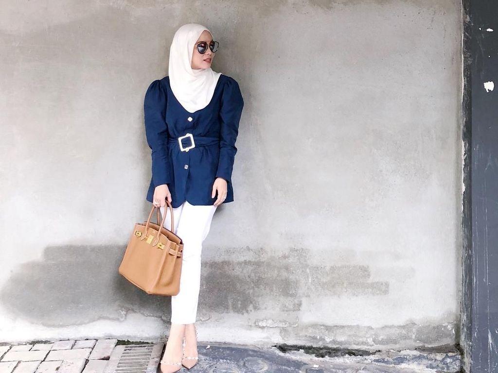 10 Gaya Mewah Pengusaha Hijab Malaysia, Koleksi Tas Seharga Apartemen